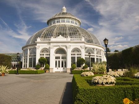wintergarten: Die Enid A. Haupt Conservatory an der New York Botanical Garden in der Bronx Lizenzfreie Bilder