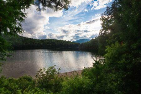Lake and mountain range Stock Photo - 128924198
