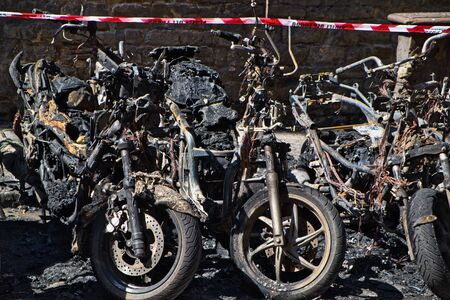 Close-Up Of Motorcycles Destroyed By Fire, vandalism 免版税图像
