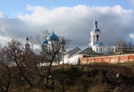 nerl: House of Bogolyubskaya Theotokos in authumn. Bogolubovo