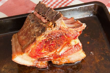 fryingpan: Stewed beef  brisket on a cook griddle