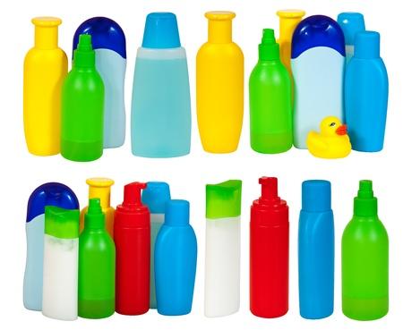 gamme de produit: Ensemble de nombreux bouteille de produits de toilette. Isol� sur fond blanc avec le trac� de d�tourage