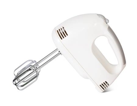 batteur �lectrique: m�langeur �lectrique. Isol� sur fond blanc avec le trac� de d�tourage