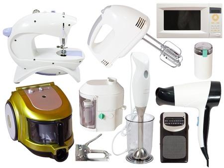 Définir des appareils ménagers. Isolé sur fond blanc avec chemin de détourage
