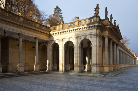 vary: Colonnade around  warm-water mineral spring in Karlovy Vary
