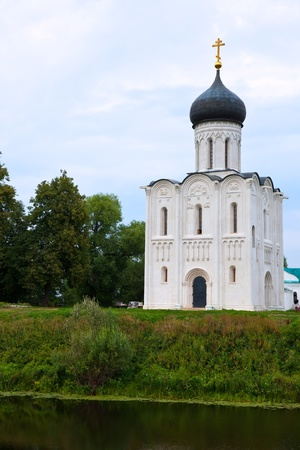 welcom: Church of the Intercession on the River Nerl.