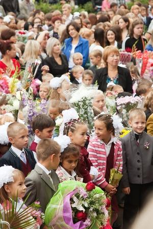 VLADIMIR, RUSSIA - SEPTEMBER 1: Day of Knowledge. First day of school. September 1, 2011 in Vladimir, Russia.Secondary school � 36, now school has 1738 pupils Stock Photo - 12272744