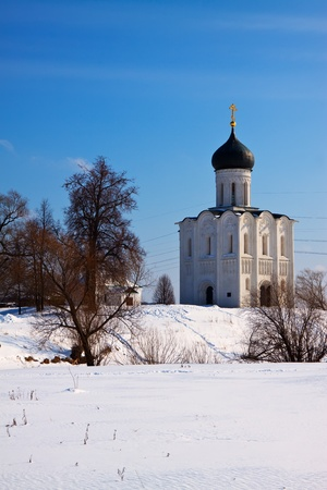 nerl: Church of the Intercession on the River Nerl in winter  Russia