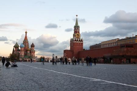 red square moscow: Tipo de la Plaza Roja. Mosc�, Rusia