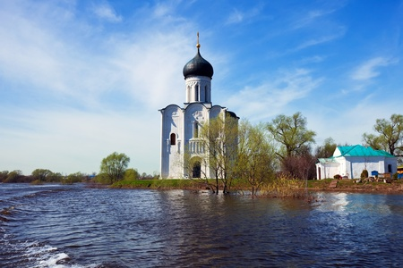 Church of the Intercession on the River Nerl in spring  flood Stock Photo - 13394747