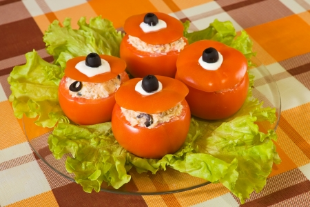 farci: stuffed tomato salad. See in series stages of cooking of stuffed tomato  Stock Photo