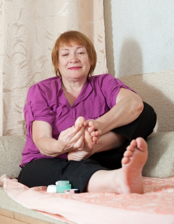 woman caring for the nails on your feet photo