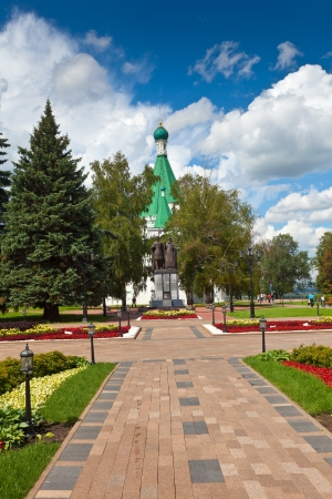 Cathedral of the Archangel Michael  and monument to the founder of Nizhny Novgorod - George Vsevolodovich and Bishop Simon Suzdal photo