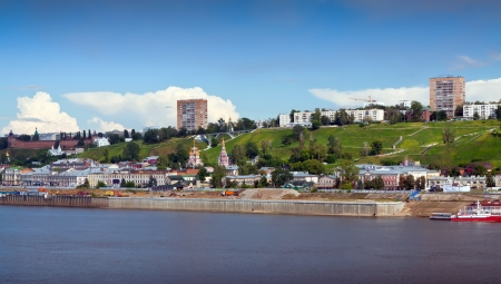 kreml: Summer view of Nizhny Novgorod with Oka river. Russia