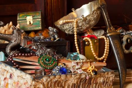 diamond jewellery: Few vintage treasure trunks with old jewellery Stock Photo