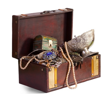 jewel case: Old treasure chest with vintage gems and jewellery