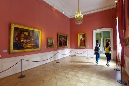 ST.PETERSBURG, RUSSIA - AUGUST 1: Interior of State Hermitage in August 1, 2012 in St.Petersburg, Russia. State Hermitage was founded in 1764. Now it is largest in Russia and one of largest museums Stock Photo - 15438345