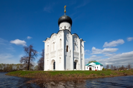 Church of the Intercession on River Nerl was constructed between 1158-1165. Russia Stock Photo - 15540820
