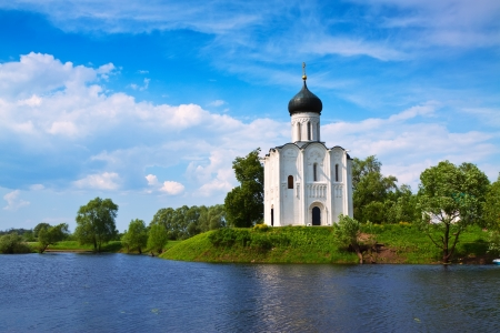 intercession: Church of the Intercession on River Nerl was constructed between 1158�1165. Russia  Stock Photo