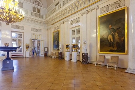 ST.PETERSBURG, RUSSIA - AUGUST 1: Interior of Winter Palace in August 1, 2012 in St.Petersburg, Russia. State Hermitage was founded in 1764. Now it is largest in Russia and one of largest art museums Stock Photo - 16285849
