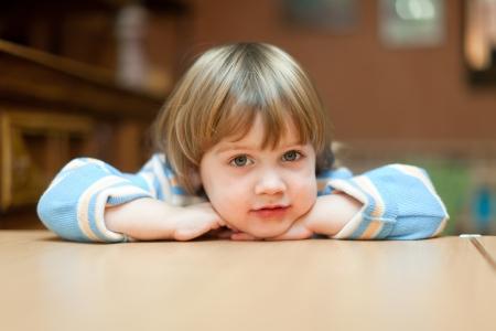 2 to 3 years: calma di due anni bambino in casa