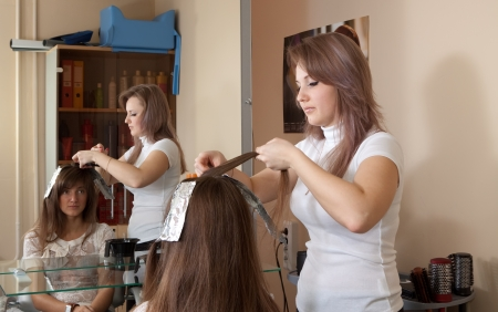 hairtician: hair stylist coloring   long-haired girl hair