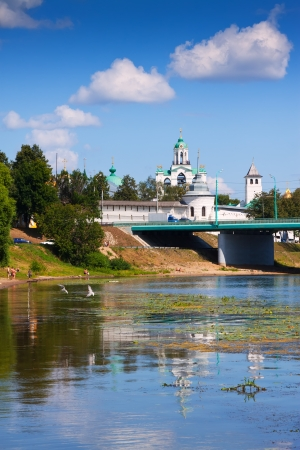 kreml: Holy Transfiguration Monastery from bridge through Kotorosl in Yaroslavl. Russia