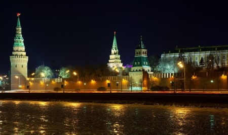 moskva river: View of Moscow Kremlin in winter night. Russia