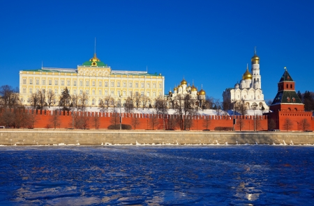 moskva river: View of Moscow Kremlin in winter day. Russia