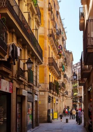 gotico: BARCELONA, ESPA�A - 14 de abril: Barri Gotic en 14 de abril 2013 en Barcelona, ??Espa�a. Es el centro de la antigua ciudad, uno de los s�mbolos de la ciudad Editorial