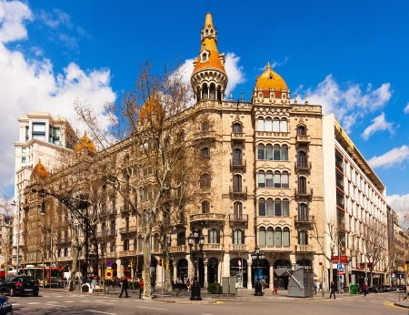 neogothic: BARCELONA, SPAIN - MARCH 28: Cases Pons in March 28, 2013 in Barcelona, Spain.  Was built in 1890–1891 by Catalan architect Enric Sagnier, neo-Gothic style Editorial