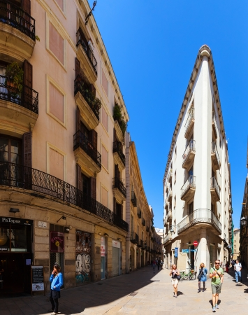 gotico: Barcelona - 14 de abril: Barrio Gótico, en 14 de abril 2013 en Barcelona. Es el centro de la ciudad vieja, el nombre del barrio se debe a los edificios conservados, construida en época medieval