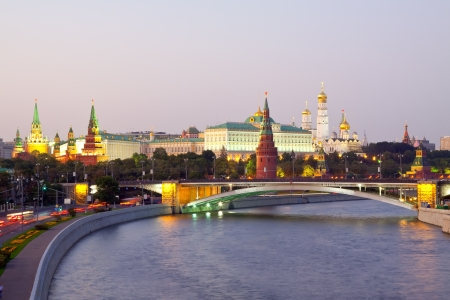 moskva river: Kind to the Moscow Kremlin  and   Moskva River in dusk. Russia