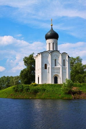 intercession: Church of the Intercession on the River Nerl in summer. Vladimir region, Golden Ring of Russia