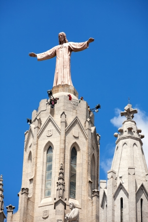 BARCELONA, SPAIN - MAY 18: Top of Expiatory Church of  Sacred Heart of Jesus in May 18, 2013 in Barcelona, Spain. Construction of the temple dedicated to the Sacred Heart, lasted from 1902 to 1961 Stock Photo - 21348466