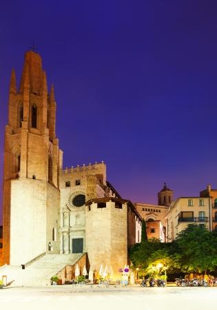 night view of Girona - Collegiate Church of Sant Feliu. Catalonia photo