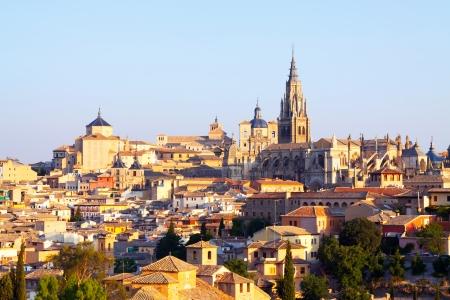 gotico: Vista del casco antiguo y de la catedral. Toledo, Espa�a Foto de archivo