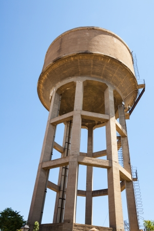 the water tower: Water tower in the city center. Huesca, Aragon