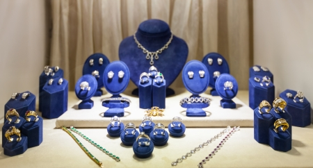 jewelry store: variety jewelry at showcase of jewelry store
