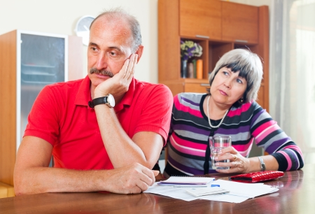 parsimony: Financial problems. Mature couple did not have the money to repay the loan