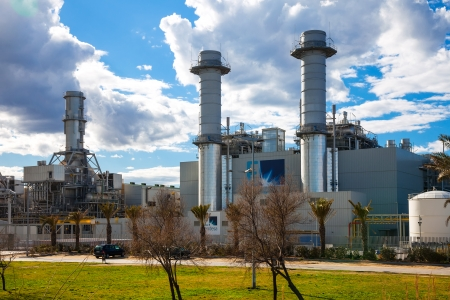 fabrica: BARCELONA, SPAIN - MARCH 9: View of Endesa power plant in March 9, 2013 in Barcelona, Spain.  Combined cycle power plant of Endesa in Sant Adrià del Besós Editorial