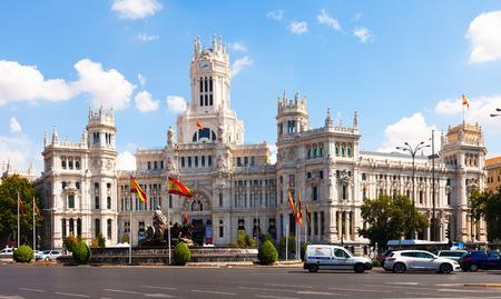 palacio de comunicaciones: MADRID, SPAIN - AUGUST 29: Palacio de Cibeles in sunny day on August 29, 2013 in Madrid, Spain.