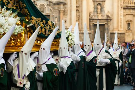 semana santa: MURCIA, SPAIN - APRIL 15, 2014: Semana Santa in Spain. Semana Santa or Holy Week is Christian religious processions on  streets of Spanish cities and town  Editorial