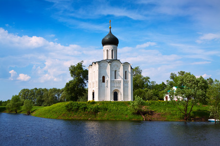 nerl river: Church of the Intercession on the River Nerl in summer. Vladimir region, Golden Ring of Russia