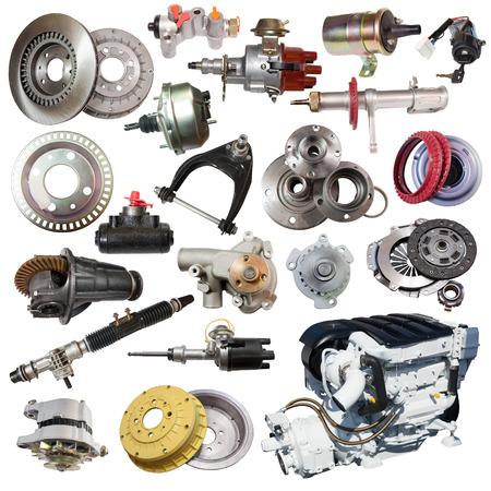 motor coche: Conjunto de motor y piezas de repuesto. Aislado en el fondo blanco