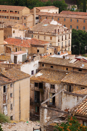 ebre: Old  abandoned houses in spanish town. Tortosa, Catalonia