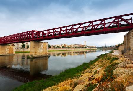 ebre: Footbridge called Pont de Ferrocarril over Ebre in Tortosa, Spain