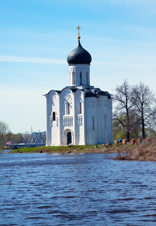 nerl: Church of the Intercession on the River Nerl in spring  flood Stock Photo