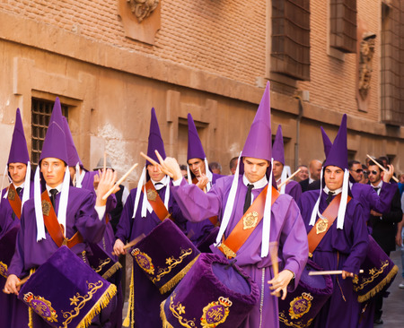 semana: MURCIA, SPAIN - APRIL 15, 2014: Drummers at Semana Santa in Murcia. Semana Santa or Holy Week is Christian religious processions on  streets of Spanish cities Editorial
