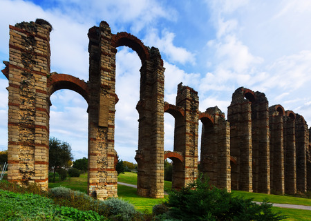acueducto: antique  Roman Aqueduct in Merida. Spain
